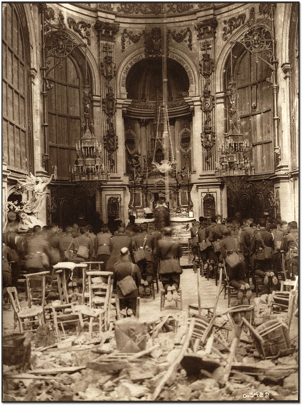 A Thanksgiving Service, attended by Canadian troops, being held in the Cambrai Cathedral, October 13, 1918